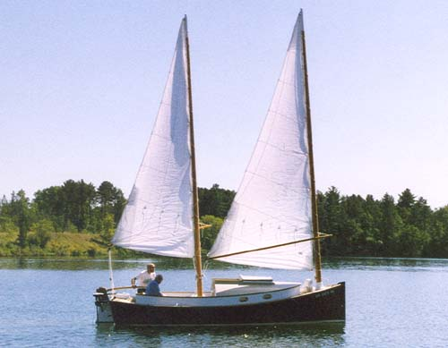 William garden 39 s cat schooner boat for Bill garden designs